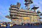 USS Ronald Reagan (CVN 76) (13887705395).jpg
