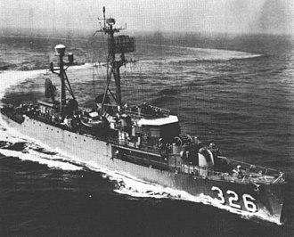 USS Thomas J. Gary (DE-326) - USS Thomas J. Gary (DER-326) underway c1960