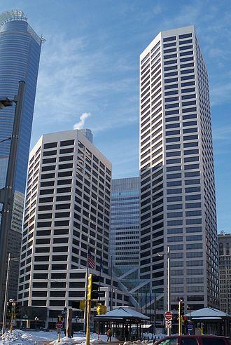 U.S. Bank Plaza (Minneapolis) - Image: US Bank Plaza 1 Minneapolis 1