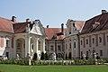 Umgestaltung des Lamberger Schlosshofes 3.jpg