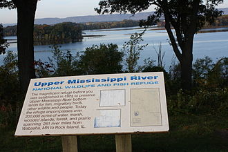 Upper Mississippi River National Wildlife and Fish Refuge - Sign