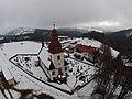 Vítkovice (okres Semily), kostel se hřbitovem.jpg