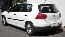 VW Golf V rear 20090804.jpg