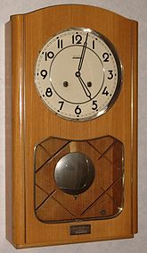 Valmet wall clock.jpg