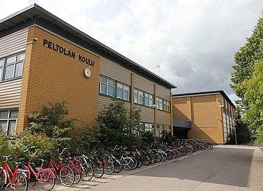 Peltolan koulu - Wikipedia