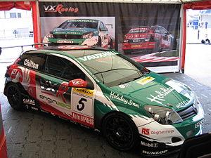 Vauxhall Astra VXR Touring Car - Flickr - robad0b (1).jpg