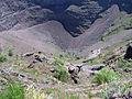 Vesuvius Crater 5 (15639398490).jpg