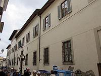 Via san giuseppe 9, palazzo bardi-serzelli 01.JPG