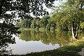 Vieux-Moulin (Oise), pond Saint-Pierre-2.JPG