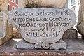 Villach Innenstadt Hauptplatz Dreifaltigkeitssäule Inschrift 23042021 0846.jpg
