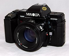 Vintage Minolta Maxxum 7000 35mm Autofocus SLR Film Camera, Made In Japan, Circa 1985 - 1988 (22148178999).jpg