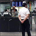 Voa chinee hk denied entrance 6june09 200.jpg