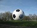 Voetbalkunst Westpoort.JPG