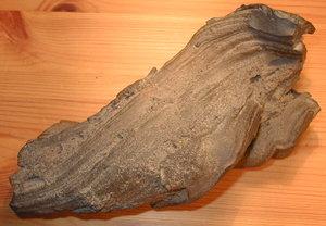 BLOQUE 3: VULCANISMO 300px-Volcanic_bomb_from_Hekla