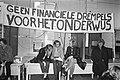 Volkscongres in Korenbeurs te Groningen, spandoeken etc., Bestanddeelnr 925-5288.jpg