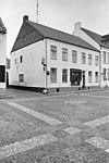foto van Hoekpand met verdieping en zadeldak