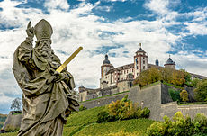 Würzburg Festung Marienberg 9941 HDR.jpg