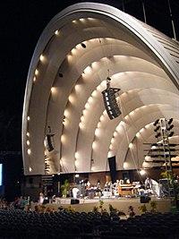 WaikikiShell2010.jpg