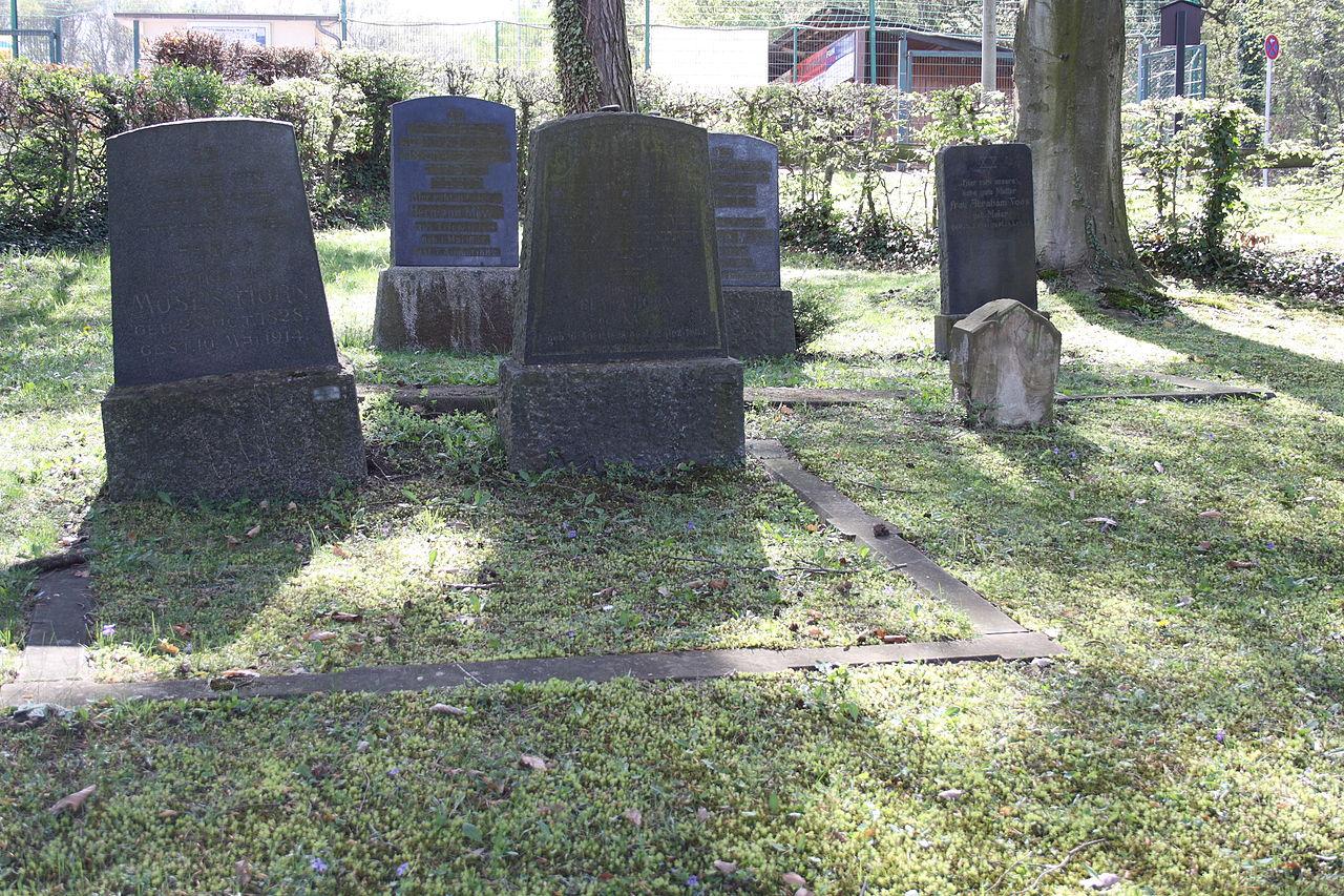 Walberberg(Bornheim)Jüdischer Friedhof5411.JPG