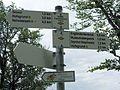 Wegweiser des Schwarzwaldvereins beim Kleinen Engländerdenkmal am Schauinsland.jpg