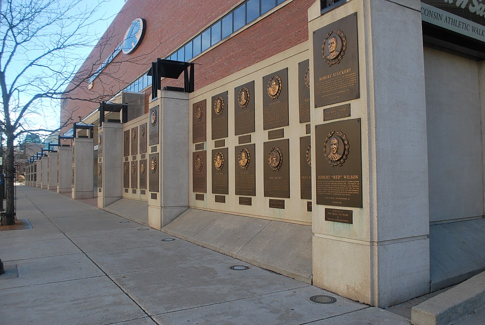 Wisconsin Athletic Walk of Fame Profile
