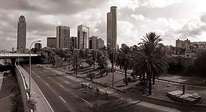 Yom Kippur - Ayalon Highway in Tel Aviv, empty of cars on Yom Kippur 2004