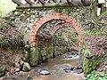 Zabytkowy mostek na rzece Grabianka - panoramio.jpg