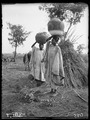 Zwei Hausa-Frauen in Mokwa, Zentralnigeria .tif