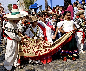 "Revolution Day (Mexico) - Children from the Montessori Kindergarten singing ""La Cucaracha"""