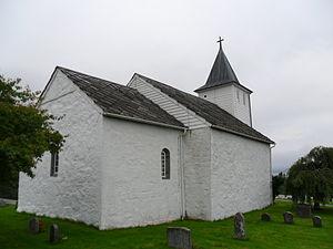 Ænes Church - Image: Ænes kirke, sett fra absiden