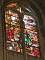 Église de Chaumont en Vexin vitrail choeur 6.JPG
