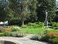 Říčany náměstí a pomník Švehla.jpg