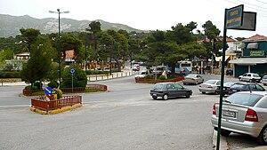 Penteli, Greece - Image: Κέντρο Πεντέλης