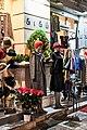 Χριστουγεννιάτικος στολισμός στο κατάστημα ένδυσης Διδώ, 2 Δεκεμβρίου 2019.jpg