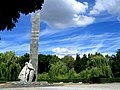 Меморіальний комплекс Солдатської Слави – братська могила0481.jpg