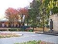 Памятник Плеханову и дом-музей Плеханова.JPG