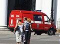 Пожарный автомобиль на Дворцовой площади.JPG
