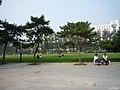 中国人民大学 校园草坪 - panoramio.jpg