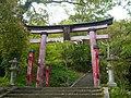 五條市岡町 八幡御霊神社鳥居 Hachiman-Goryō-jinja, Okachō 2011.4.29 - panoramio.jpg