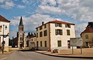 Chenay-le-Châtel Commune in Bourgogne-Franche-Comté, France