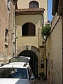 039 Portal de Cal Llagostera, c. Penyes 9 (Calafell).jpg