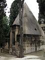 057 Panteó piramidal de Pilar Soler, de Leandre Albareda.jpg