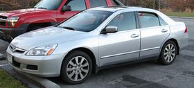06-07 Honda Accord sedan.jpg
