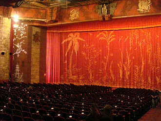 Grauman's Chinese Theatre - Interior of Chinese Theatre before refurbishment