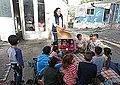 1591469311683 Trabajo-social-con-niños-gitanos-griegos-en-barrios-pobres.jpg