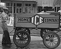 1938 iceman and wagon detail, Crowley Russell Lee Iceman (cropped).jpg