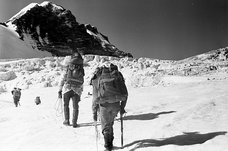 1982 expedition to Tartu %C3%9Clikool 350 (20).jpg