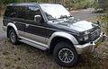 1991-1993 Mitsubishi Pajero (NH) V6 3000 wagon 01.jpg
