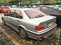 1995-1996 BMW 318i (E36) Eurosport Sedan (13-11-2017) 03.jpg