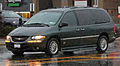 1998-2000 Chrysler T&C Limited, BraunAbility Entervan.jpg